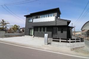 新築住宅01・南相馬市の施工例、スタイリッシュ・ブラックな家
